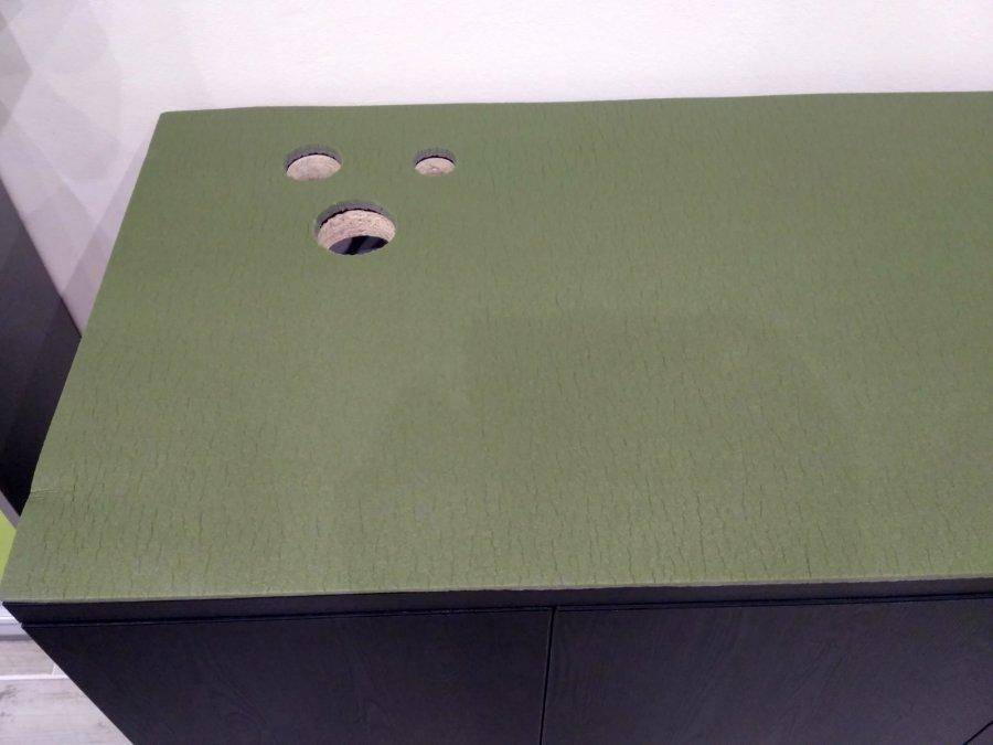 Stolik pod akva 9